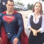 """El protagonista de Superman recibió una súper lavada al aceptar """"El reto del balde con hielo"""""""