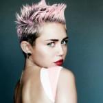 Miley Cyrus posó casi totalmente desnuda