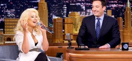 Video: Christina Aguilera imitó a Britney Spears y Shakira