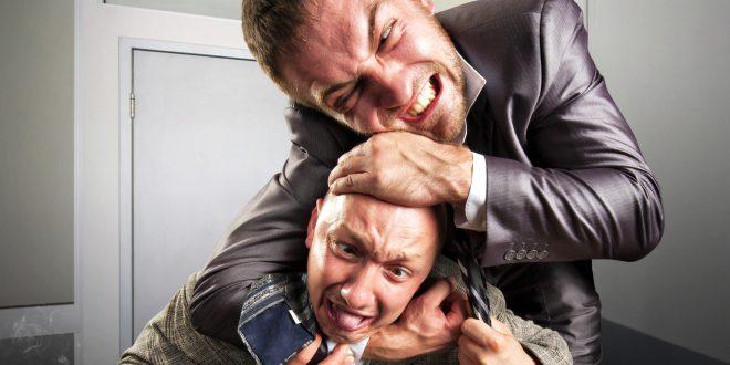 cómo reaccionan los empleados bajo extrema presión