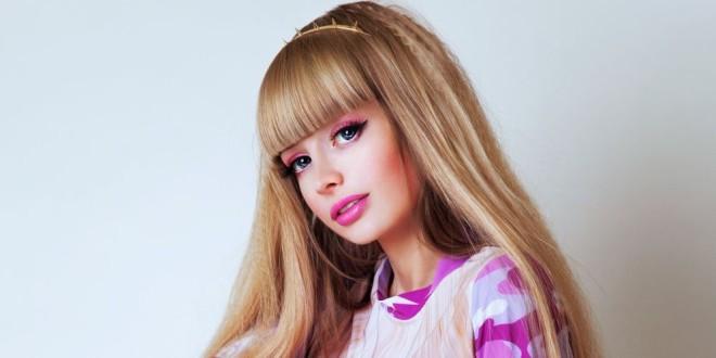 Conoce la nueva Barbie humana, una rusa de 26 años