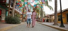 Fotos y video de Pirry y su novia paseando muy enamorados por México