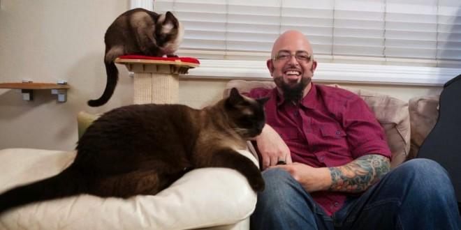 ¿Tienes un gato endemoniado? El domador de felinos, Jackson Galaxy, viene a Bogotá