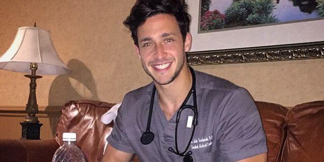 doctor de la vida real es sensación en Instagram