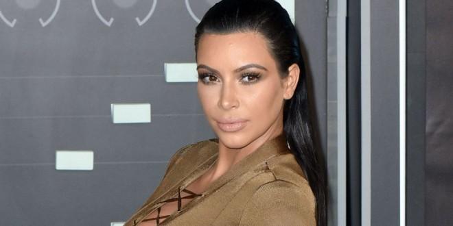 Fotos: Kim Kardashian lució el traje de maternidad más sexy que le hemos visto