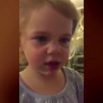 Niña de dos años discute con su padre porque ella quiere tener novio