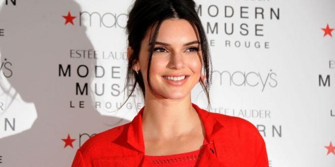 Fotos. Así traicionaron sus propias transparencias a Kendall Jenner