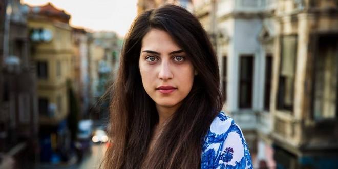 ¡Bellas! Fotos de 37 mujeres que representan la belleza étnica en varios países del mundo