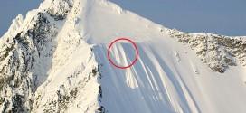 Así quedó en video la espeluznante caída de un esquiador por una pendiente casi vertical [Video]
