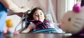 Aunque tiene 5 años y está muriendo, esta niña tomó una valiente pero polémica decisión