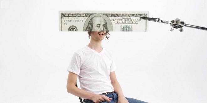 Personajes de emblemáticos billetes cobran vida en el ingenioso video de Darwin Deez