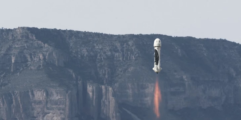 primer cohete capaz de despegar y aterrizar verticalmente