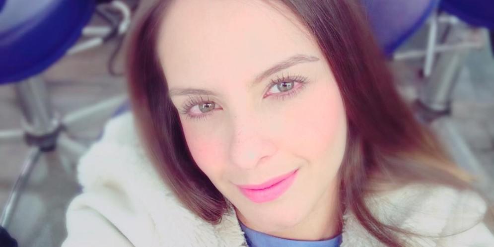 Laura Acuña no presentará más noticias del espectáculo