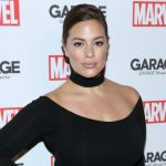 Ashley Graham es la modelo de tallas grandes