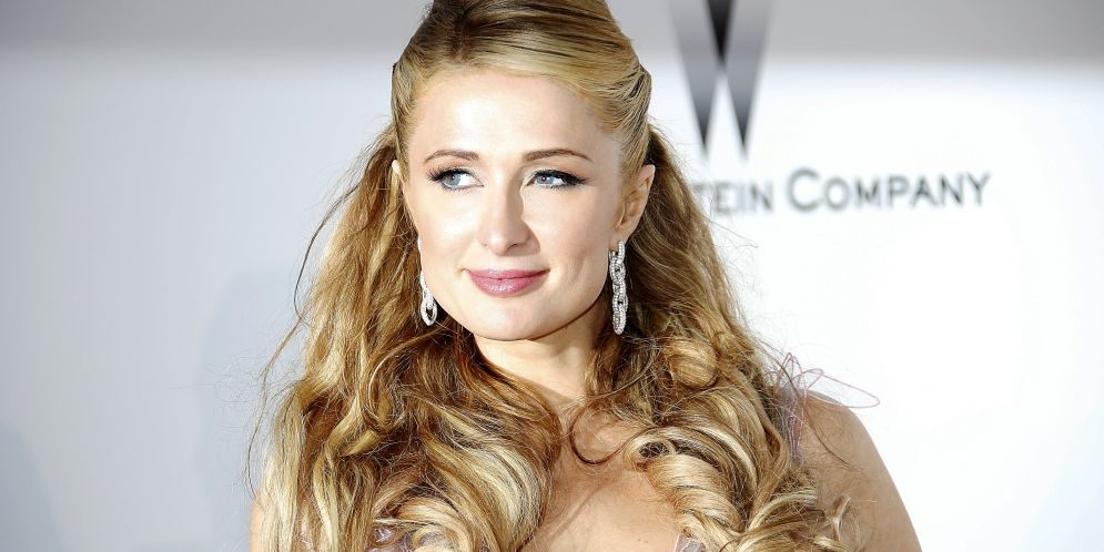 falla de vestuario de Paris Hilton