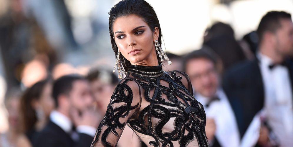 Kendall Jenner dejó ver su piercing
