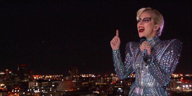 [Video] El salto de Lady Gaga en el Súper Bowl ¡fue falso! Tenemos las pruebas