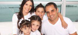 Juan Pablo Montoya y su esposa, molestos con los dos hombres que los separaron